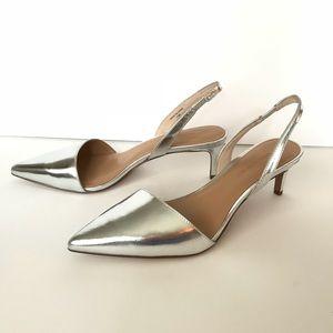 Banana Republic silver metallic slingback heel 7.5